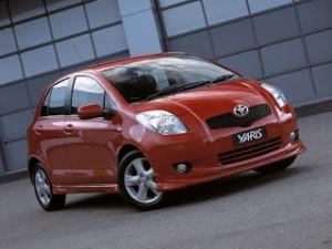 2011-Toyota-Yaris-Vitz